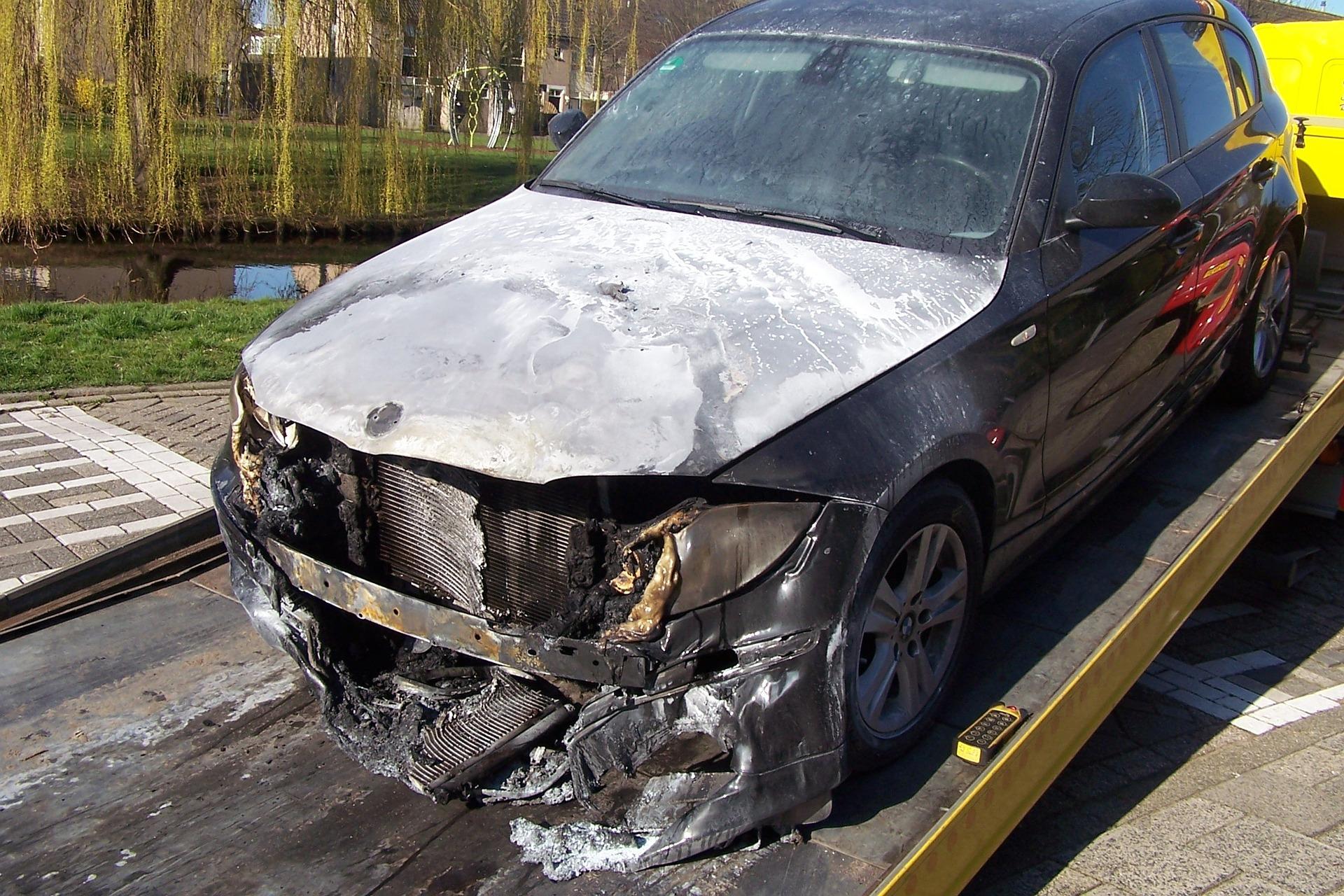 Samochód po wypadku samochodowym